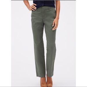 Gap Classic Khakis pants SZ 00 Regular Green
